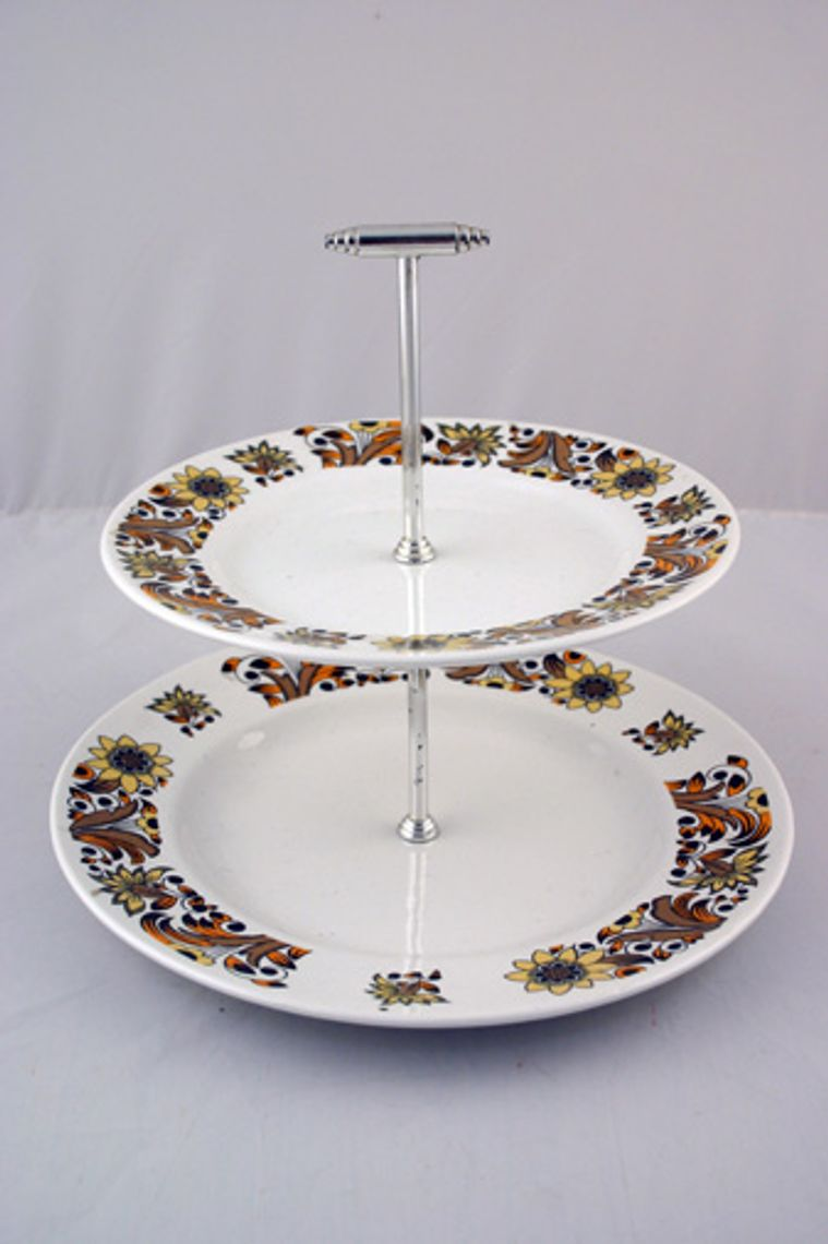 Various - Cake Stands - Cake Stand - 187 - Barker Bros 'Valetta' 10'' base plate